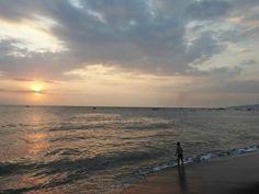 Sunset Ampenan Beach..lombok Indonesia