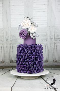 Emilia Calvo   Delicut Cakes