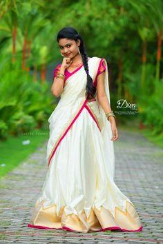 Set Saree, Half Saree Lehenga, Kerala Saree Blouse Designs, Half Saree Designs, Indian Dress Up, Simple Frocks, Traditional Skirts, Kasavu Saree, Long Dress Design