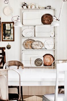 lovely kitchen plate collection / hus & hem, photo by lina junkstyle brocante Interior Styling, Interior Decorating, Grande Armoire, Deco Design, Scandinavian Home, Interior Design Inspiration, Home Kitchens, Kitchen Decor, Kitchen Storage