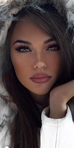 Pretty Girls Face is part of Most beautiful eyes - Pretty girls hair falling on their face See more about girl, hair and beauty Most Beautiful Faces, Stunning Eyes, Gorgeous Women, Brunette Beauty, Hair Beauty, Pretty Girl Face, Pretty Girls, Hair Supplies, Black Women Hairstyles