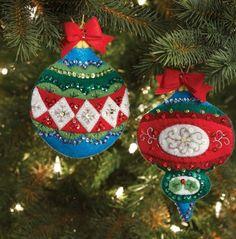 Large Old World Ornaments/Gift Card Holders Felt Applique
