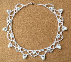 Free pattern for necklace Winter