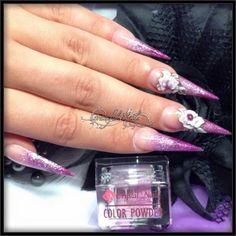 Stilettos Nägel Nails mit 3D Acryl Naildesign