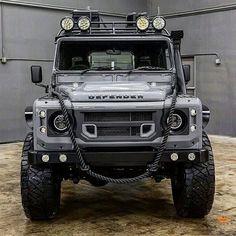 Land Rover Defender 110 ✔️You can find Offroad and more on our website. Land Rover Defender 110, Landrover Defender, Defender 90, Defender Camper, Land Rovers, Land Rover Car, Chevrolet Blazer, Offroader, Expedition Vehicle