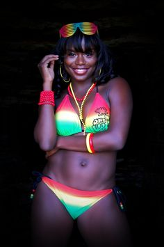 I ♥ her bikini Beautiful Black Women, Beautiful People, Reggae Style, Dancehall Reggae, Dark Skin, Black Girls, Bikinis, Swimwear, Swimsuits