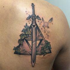 trifuerza tattoo - Buscar con Google