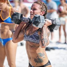 Lauren Truszkowski at the Pensacola Beach Brawl 2015. an excellent athlete! • 2016 CrossFit Games Team Competitor • 2016 CrossFit CrossFit Games Atlantic Regional Team Competitor • 2014-2015 CrossFit Games Southeast/Atlantic Regional Individual Competitor • 2015 USA National Weightlifter in 53kg weight class • Holds Clean & Jerk record in Florida for 53kg weight class • Miami Surge Athlete of the GRID League