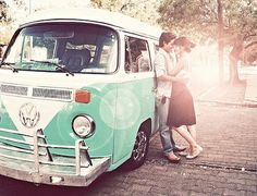 VW bus. Will have this one day and will take this picture!