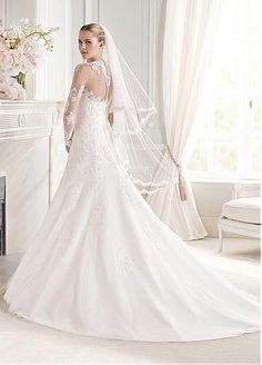 Elegant Tulle V-neck Neckline Dropped Waistline A-line Wedding Dress With Lace Appliques & Pearls