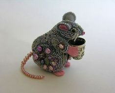 Beaded mouse