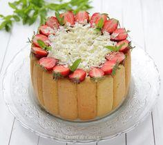 Prajitura cu iaurt si capsuni - Desert De Casa - Maria Popa Tiramisu, Sweets, Food, Pineapple, Pie, Sweet Pastries, Meal, Goodies, Eten