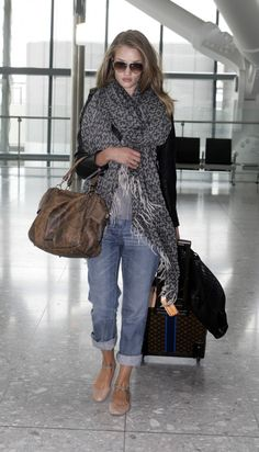 See ankle strap flats.  From; http://www.denimblog.com/2012/01/favorite-celeb-outfit-rosie-huntington-whiteley/rosie-huntington-whiteley-burberry-e1307635379976/