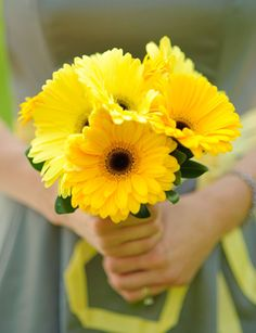 BOUQUETS - Yellow Gerbera Daisies