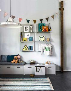 48 Cool Shared Teen Boy Rooms Décor Ideas - Home-dsgn Teen Boys Room Decor, Cool Boys Room, Teen Boy Rooms, Cool Kids Rooms, Boys Bedroom Decor, Baby Bedroom, Creative Kids Rooms, Kid Spaces, Décor Ideas