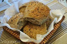 Pãozinho de Fermentação Lenta com Trigo Sarraceno e Gergelim - Veganana