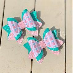 Handmade Hair Bows, Diy Hair Bows, Diy Bow, Bow Hair Clips, Ribbon Flower Tutorial, Hair Bow Tutorial, Cute Headbands, Flower Headbands, Homemade Bows
