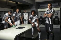 Camisas do PAOK 2017-2018 Macron Presentation, Soccer, Posters, Football, Graphics, Kit, Logo, Wallpaper, Design