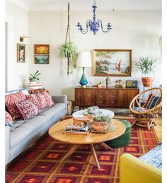Love how they mix mid century modern and bohemian!!