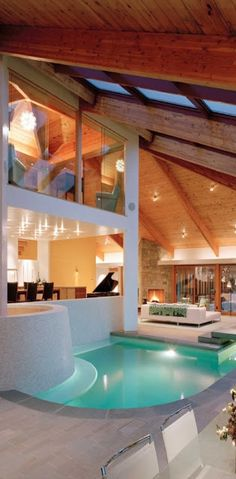 Amazing Snaps: Stunning House with Indoor Pool | See more