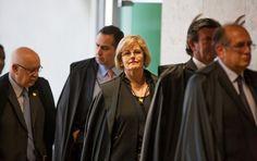 Em discurso no Plenário, Silvio Costa disse não entender por que Supremo não se pronuncia sobre caso do presidente da Casa, já que ele é réu, e Paulo Pimenta afirmou que tribunal não pode mais silenciar