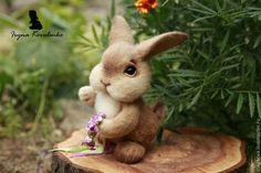 Купить Софи - бежевый, зайка, заяц, заяц игрушка, зайчик, зайчик игрушка, валяная игрушка