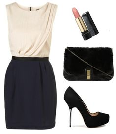 I like this outfit to dress for an evening diner