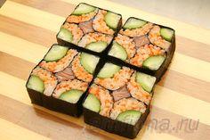Дневник большой кошки Cute Food, Good Food, Yummy Food, Temari Sushi, Sushi Roll Recipes, Tapas, Catering Food Displays, Japanese Food Sushi, Homemade Sushi