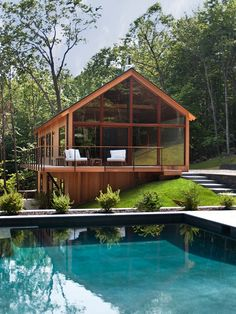 Woods by Lang Architecture Serene and calming - we love this house. Hudson Woods by Lang Architecture / Serene and calming - we love this house. Hudson Woods by Lang Architecture / Hudson Woods, Hudson River, Hudson Valley, Eco Friendly House, Bungalows, Modern Houses, Modern Cabins, Tiny Houses, House In The Woods
