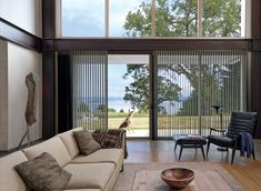 3 Outstanding ideas: Ikea Blinds Tupplur vertical blinds for windows.Blinds For Windows Hunter Douglas vertical blinds with drapes.Blinds For Windows Boho. Privacy Shades, Privacy Blinds, Patio Blinds, Outdoor Blinds, Diy Blinds, Fabric Blinds, Shades Blinds, Curtains With Blinds, Blinds Ideas