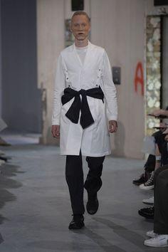 Kiko Kostadinov   Menswear - Spring 2018   Look 11- SPORTSCORE/NEW FORMAL/NEW CLASSICS/POST PSY/ POST RAVE