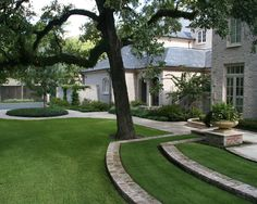 Landscape Beautiful Lawns Design, Pictures, Remodel, Decor and Ideas - page 2. Two words, meticulous and clean. My word, perfect.