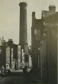 Red Cow Lane, Smithfield, looking south towards the Jameson Distillery chimney. Ireland Pictures, Images Of Ireland, Old Pictures, Old Photos, Dublin Street, Dublin City, Love Ireland, Dublin Ireland, Ivy Rose