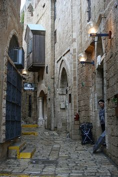 Narrow Alley, Tel Aviv, Israel
