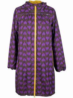 3a06d53b Danefæ regnfrakke med hjerter. Kvalitets regnjakke til det regnfulde  nordiske vejr.