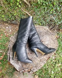 """""""Dear Customers, I have a NON-FIT policy of no refund, Exchange Only. Please read all measurements and compare them to your own measurements. Thank You! Latinas Vintage Black Leather Boots, made in Yugoslavia , interesting side and back print detail. Size 9M. Gently used, good condition Height: 14\"""" Length: 7.5\"""" Heel: 3.5\"""" Top: 14\"""" Width: 3' Color: Black Condition: Good Vintage Brand: Latinas"""" Vintage Boots, Vintage Black, Mid Calf Boots, Knee High Boots, Ankle Boots Dress, Top 14, Cool Boots, Black Leather Boots, Chunky Heels"""