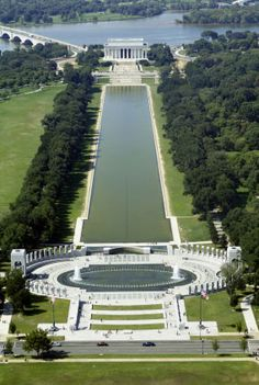 Reflecting Pool linking the World War II and Lincoln memorial monuments on the National Mall, Washington D. It measures feet & was dedicated in 1922 after completion of Lincoln Memorial. The Places Youll Go, Great Places, Places To See, Beautiful Places, Amazing Places, Viaje A Washington Dc, Washington Dc Travel, National Mall, National Parks
