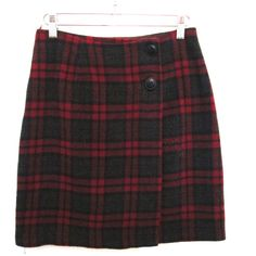 90's Plaid High Rise Mini Skirt size - S/M (40 AUD) ❤ liked on Polyvore featuring skirts, mini skirts, bottoms, faldas, plaid skirts, plaid miniskirts, high-waisted skirts, short wrap skirt, wrap skirt and high waisted short skirts