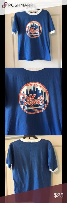 """Boys artex vintage NY Mets graphic t-shirt sz: L for sale is a boys/youth, vintage New York Mets major league baseball, graphic T-shirt. This T-shirt is a size large and is made by Artex  If you have any questions or would like additional photos please feel free to ask.  From under one arm to under the other measures appx 16"""" from the top of the shoulder to the bottom of the shirt measures appx 21"""" artex Shirts & Tops Tees - Short Sleeve"""