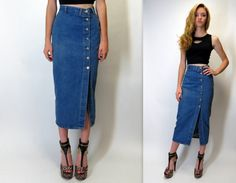 """Vintage 80s 90s High Waisted Denim Jean Fitted Tight Below the Knee Pencil Bodycon Midi Button Front Skirt Grunge Waist = 25.5"""" Small XS"""