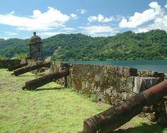 Google Image Result for http://www.visitcentroamerica.com/es-ES/Centroamerica/Presentacion/Panama/Experiencias/PublishingImages/Ciudades/19.Portobelo,%2520Panam%25C3%25A1.jpg