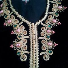 ق Embroidery Dress, Ribbon Embroidery, Henna Candles, Kamiz, Moroccan Caftan, Gold Work, Button Crafts, Diy Crochet, Ring Designs