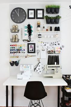 handy and organized working space