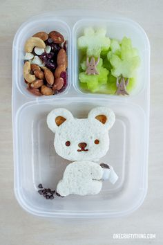 This is hysterical! Does a bear poop in the woods? A Charmin(g) Bento