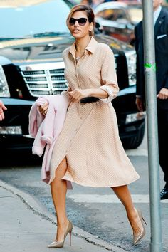 Best Dressed celebrity style and fashiom (Vogue.com UK) Eva Mendes - New York & Company