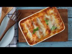 Csirkés-krémsajtos cannelloni paradicsommártásban sütve - Videók   Ízes Élet - Gasztronómia a mindennapokra