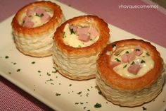 volovanes de jamon y queso Creative Snacks, Vol Au Vent, Xmas Food, Appetizer Dips, Canapes, Easy Cooking, Diy Food, Finger Foods, Catering