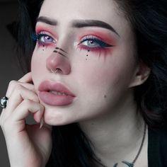 unicorn Pagan / E-Mädchen Red Make-up Nose Makeup, Edgy Makeup, Grunge Makeup, Makeup Goals, Makeup Inspo, Makeup Art, Makeup Inspiration, Demon Makeup, Exotic Makeup