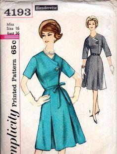 1960s Simplicity Sewing Pattern 4193 One Piece Dress Detachable Neck Trim Sz 16