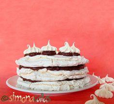 Tort de bezea cu ciocolata Romanian Desserts, Food Cakes, Meringue, Cheesecakes, Chocolate Cake, Cake Recipes, Caramel, Sweet Treats, Food And Drink